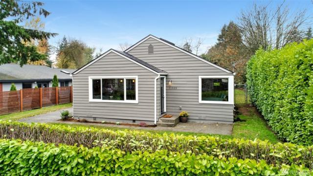 11525 17th Ave NE, Seattle, WA 98125 (#1387160) :: The DiBello Real Estate Group
