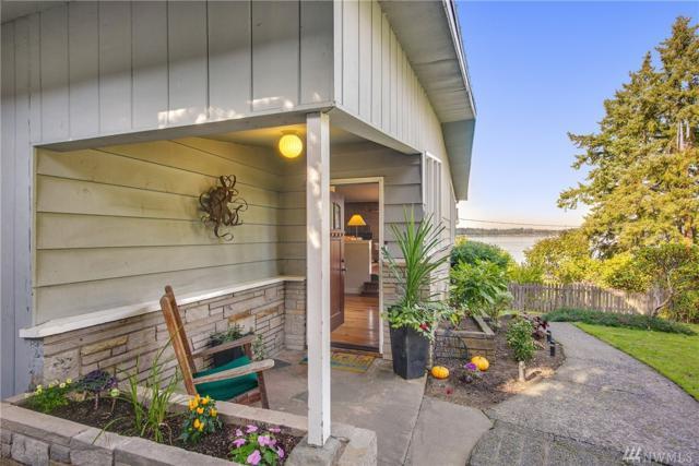 4021 177th Ave SE, Bellevue, WA 98008 (#1387448) :: McAuley Real Estate