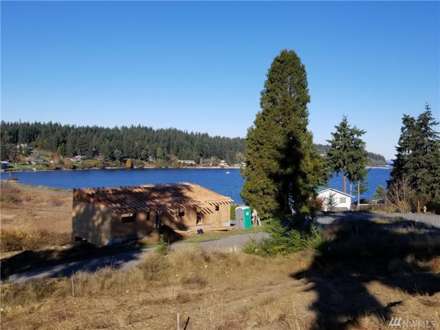 5453 Harborside Lane, Freeland, WA 98236 (#1388094) :: Kimberly Gartland Group