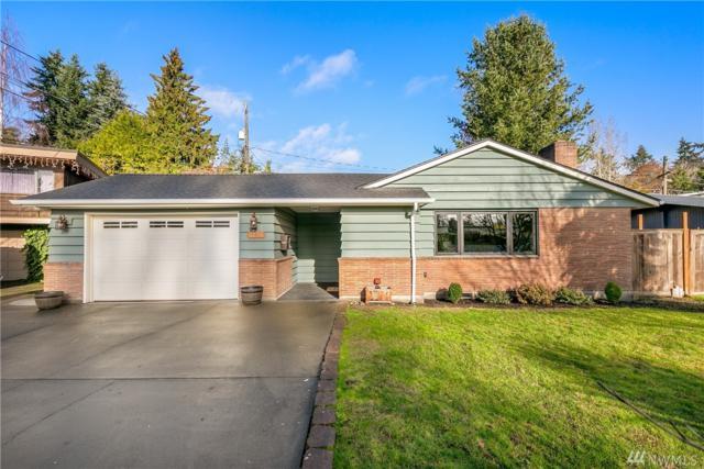 3220 SW 113th St, Seattle, WA 98146 (#1389620) :: Brandon Nelson Partners