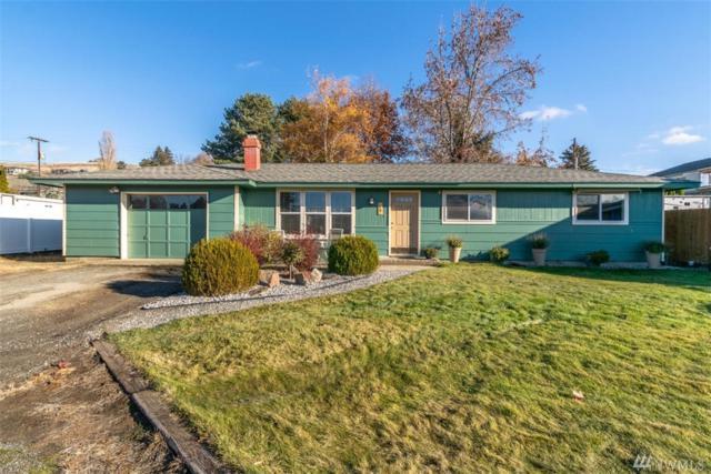 56 27th St NE, East Wenatchee, WA 98802 (#1390120) :: Nick McLean Real Estate Group