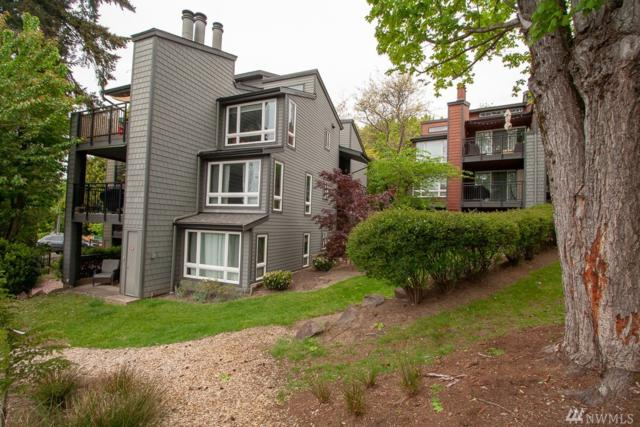 12010 98th Ave NE #208, Kirkland, WA 98034 (#1391967) :: Carroll & Lions