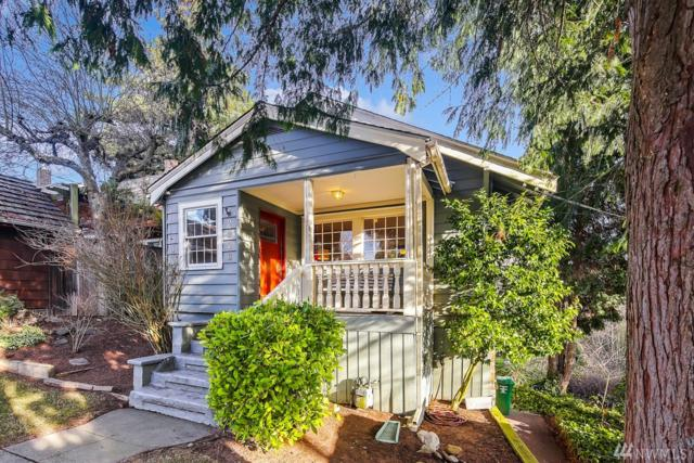 2328 Walnut Ave SW, Seattle, WA 98116 (#1392986) :: Chris Cross Real Estate Group