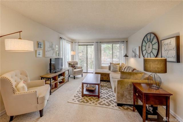 750 N 143rd St #222, Seattle, WA 98133 (#1393323) :: Ben Kinney Real Estate Team