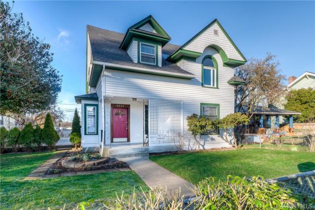 2226 Highland Ave, Everett, WA 98201 (#1393340) :: Ben Kinney Real Estate Team