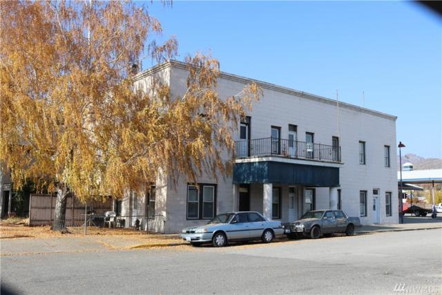 1014 Main St, Oroville, WA 98844 (#1393559) :: Costello Team