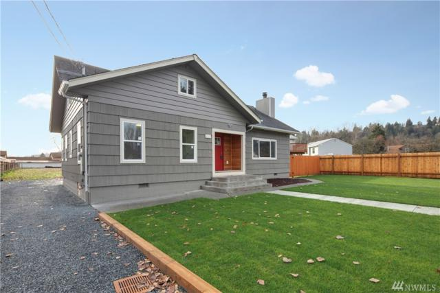 221 4th Ave SW, Pacific, WA 98047 (#1393833) :: Ben Kinney Real Estate Team