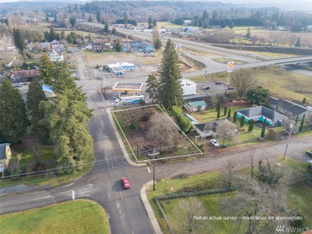 311 W Eaton, Elma, WA 98541 (#1393867) :: The Royston Team