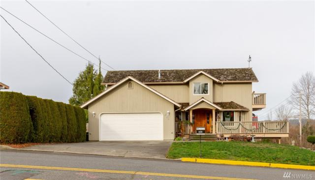 905 15th Ave SW, Puyallup, WA 98371 (#1393923) :: Keller Williams Realty