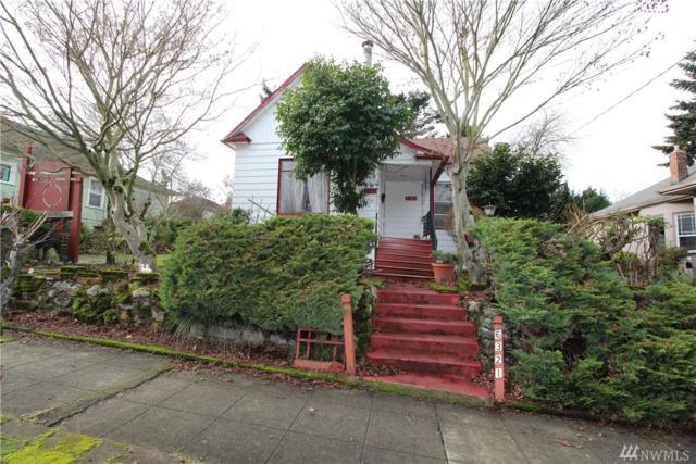 6321 4th Ave NE, Seattle, WA 98115 (#1394567) :: Ben Kinney Real Estate Team