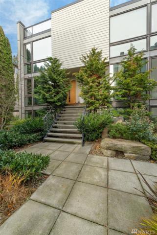 810 36th Ave N, Seattle, WA 98103 (#1394574) :: Ben Kinney Real Estate Team