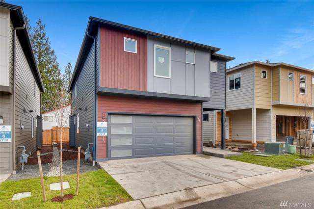2220 117th St SW #3, Everett, WA 98204 (#1394722) :: KW North Seattle