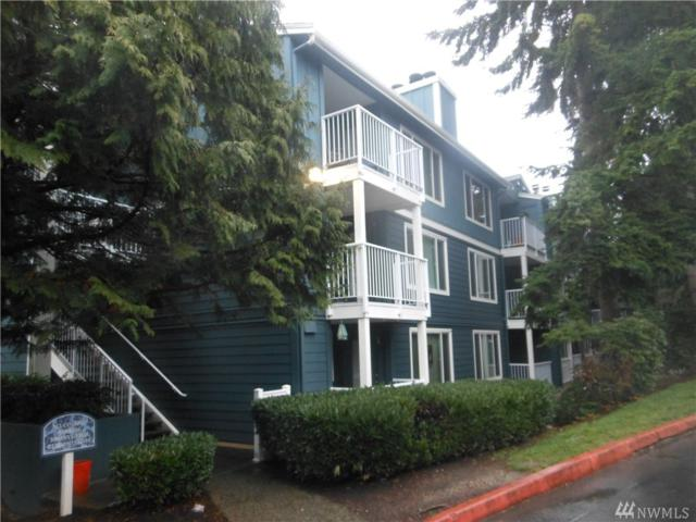 300 N 130th St #2211, Seattle, WA 98133 (#1396103) :: KW North Seattle