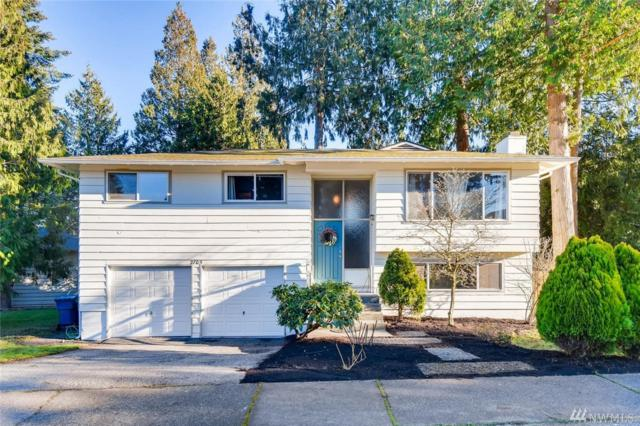 2705 Forrest View Dr, Everett, WA 98203 (#1396827) :: Homes on the Sound
