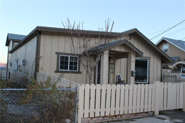 921 Walker St, Wenatchee, WA 98801 (#1397717) :: Pickett Street Properties