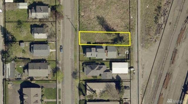 914 B St, Centralia, WA 98531 (#1397876) :: Homes on the Sound