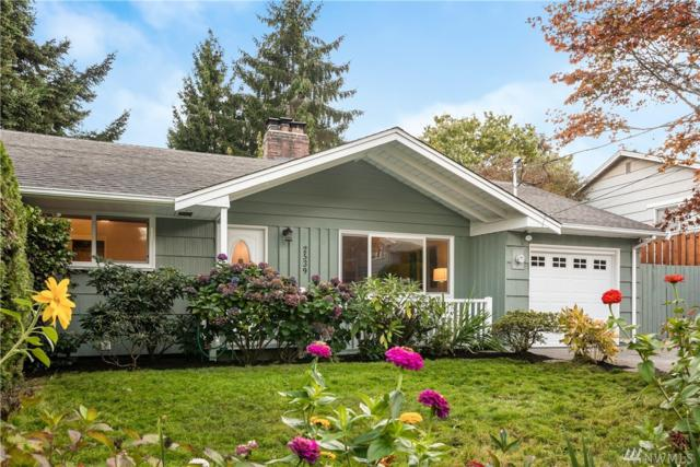2539 NE 108th Place, Seattle, WA 98125 (#1398329) :: Homes on the Sound