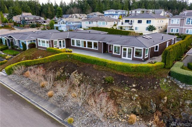 3809 W 11th St, Anacortes, WA 98221 (#1399176) :: Homes on the Sound