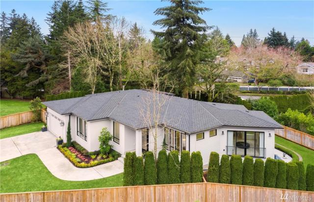 8703 NE 11th St, Medina, WA 98039 (#1399391) :: Homes on the Sound
