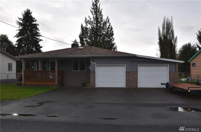 129 Louise St, Kelso, WA 98626 (#1399700) :: KW North Seattle