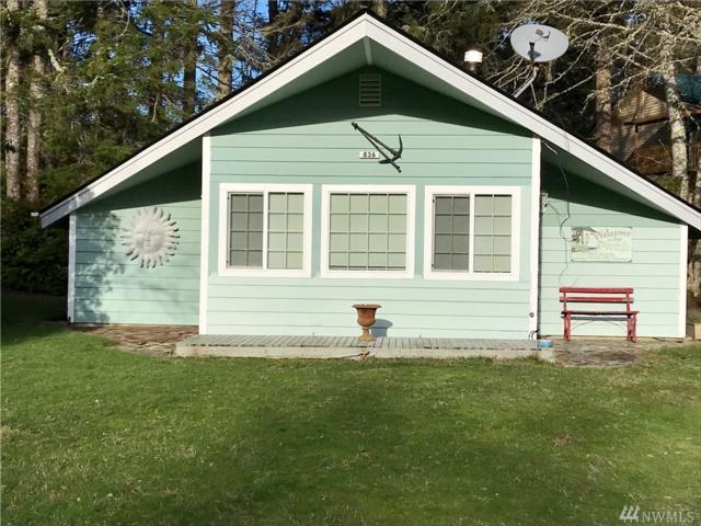 836 Schooner Ct SE, Ocean Shores, WA 98569 (#1400788) :: Homes on the Sound