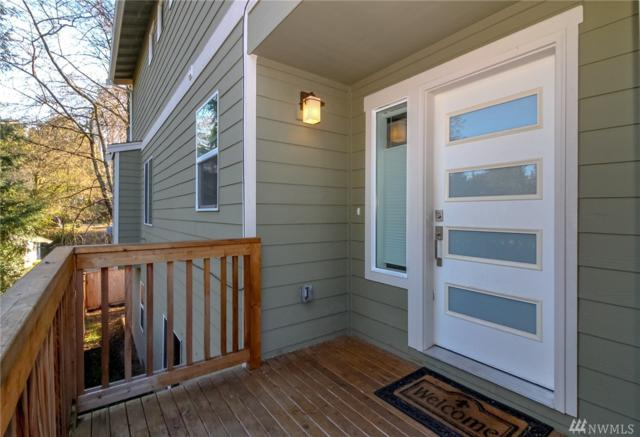 10422 2nd Place SW, Seattle, WA 98146 (#1401666) :: The Kendra Todd Group at Keller Williams