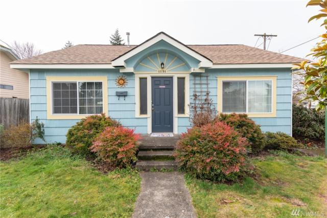 1131 J St, Centralia, WA 98531 (#1401923) :: KW North Seattle