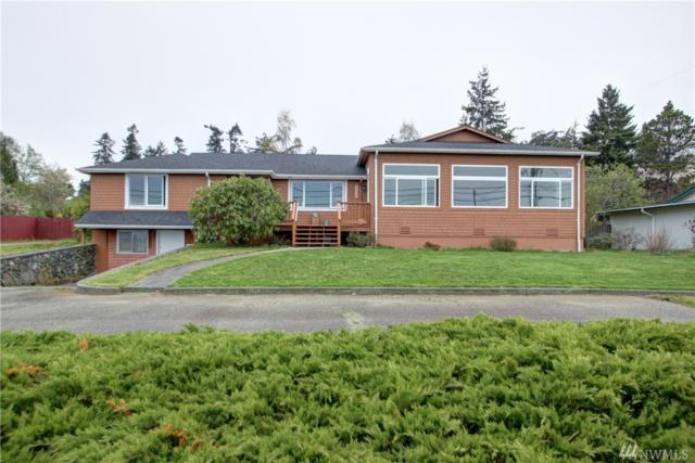 2220 J Ave, Anacortes, WA 98221 (#1402439) :: Homes on the Sound