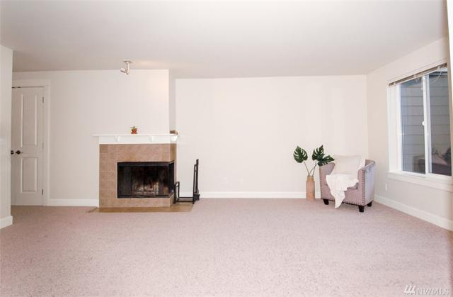 300 N 130th St #3202, Seattle, WA 98133 (#1402532) :: Alchemy Real Estate