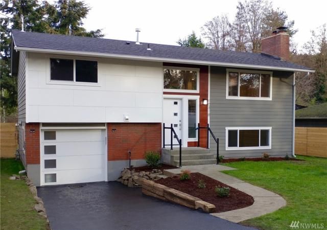 10818 8th Ave NW, Seattle, WA 98146 (#1402837) :: The Deol Group