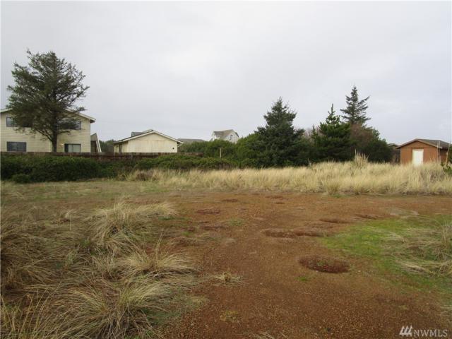 509 Ocean Shores Blvd SW, Ocean Shores, WA 98569 (#1403085) :: Icon Real Estate Group