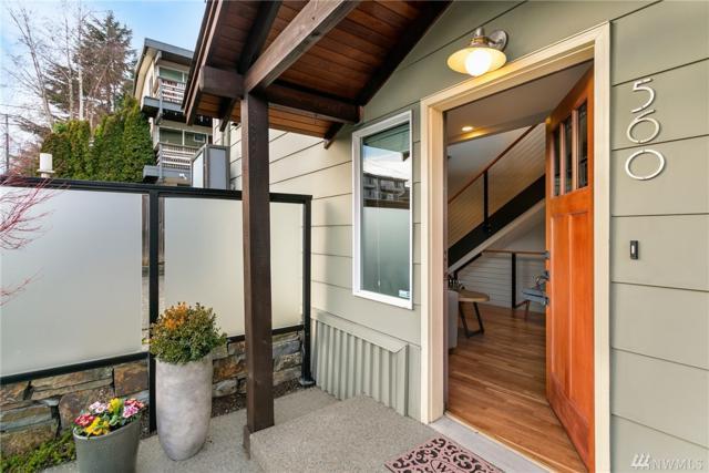 560 Highland Dr, Seattle, WA 98109 (#1403439) :: Keller Williams Western Realty