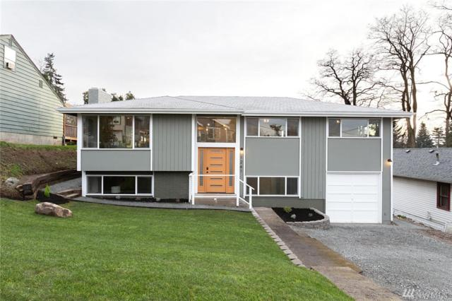 1241 SW Orchard St, Seattle, WA 98106 (#1403720) :: Homes on the Sound