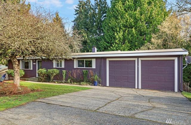 830 102nd Ave SE, Bellevue, WA 98004 (#1404665) :: KW North Seattle