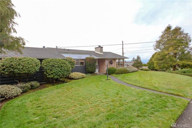 1523 E 33rd St, Bremerton, WA 98310 (#1404855) :: Ben Kinney Real Estate Team