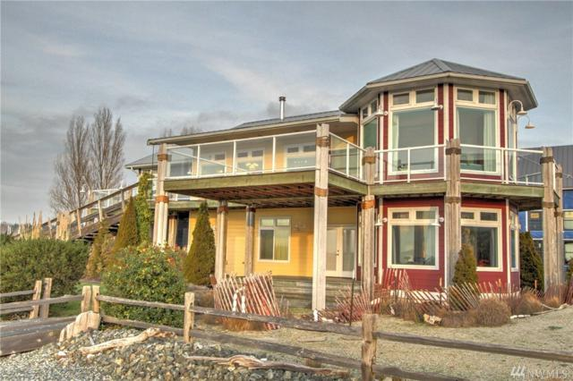 1571 Harbor Seal Dr, Point Roberts, WA 98281 (#1405557) :: Homes on the Sound