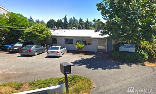 11300 25th Ave NE, Seattle, WA 98125 (#1406497) :: Keller Williams Realty
