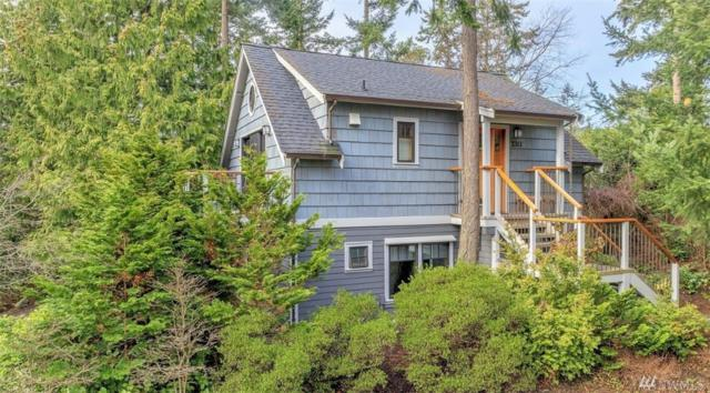 2311 Ebony St, Port Townsend, WA 98368 (#1406794) :: Canterwood Real Estate Team