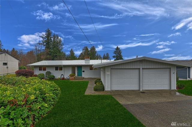 4116 Cliff Dr, Everett, WA 98203 (#1406798) :: Homes on the Sound