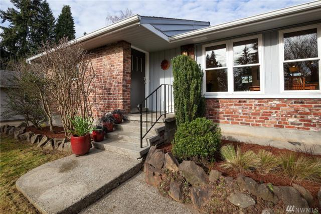 2114 N 133rd St, Seattle, WA 98133 (#1406940) :: Homes on the Sound