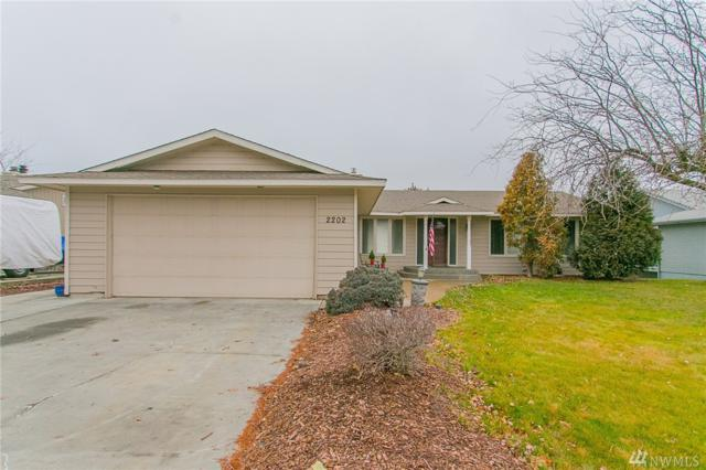 2202 S Beaumont Dr, Moses Lake, WA 98837 (#1407277) :: KW North Seattle