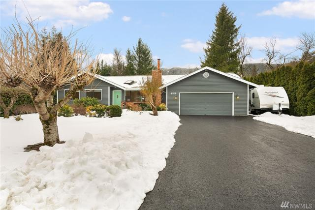 459 Meadow Dr SE, North Bend, WA 98045 (#1407661) :: Hauer Home Team