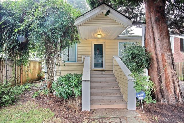 10320 Midvale Ave N, Seattle, WA 98133 (#1407770) :: Homes on the Sound