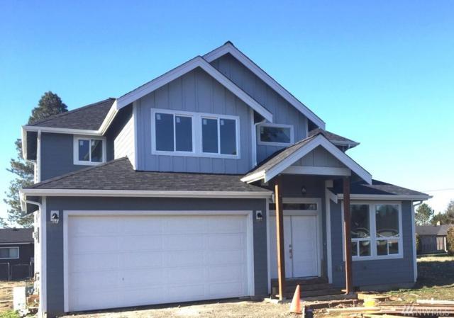617 9th St, Blaine, WA 98230 (#1408321) :: Homes on the Sound