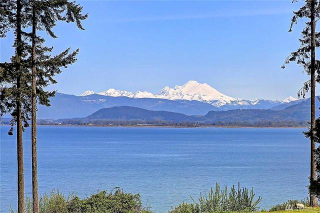 909 Utsalady Rd, Camano Island, WA 98282 (#1408342) :: Homes on the Sound