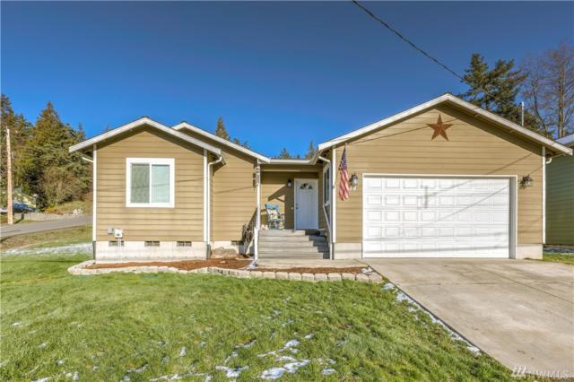 4378 Rhododendron Dr, Oak Harbor, WA 98277 (#1408862) :: Homes on the Sound