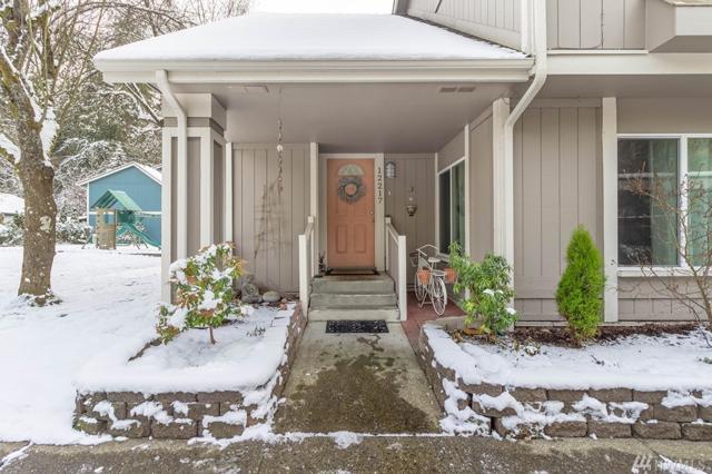 12217 NE 148th Ct, Kirkland, WA 98034 (#1409231) :: Ben Kinney Real Estate Team