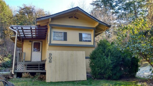 906 SE 1st St, Winlock, WA 98596 (#1409438) :: Homes on the Sound