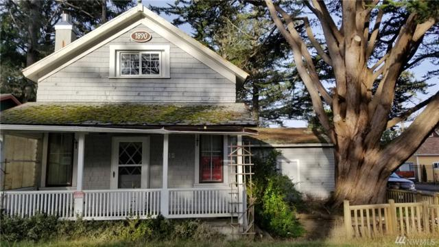 1015 38th Place, Seaview, WA 98644 (#1409903) :: Homes on the Sound