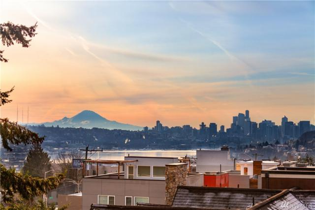 4214 Linden Ave N A, Seattle, WA 98103 (#1409928) :: KW North Seattle